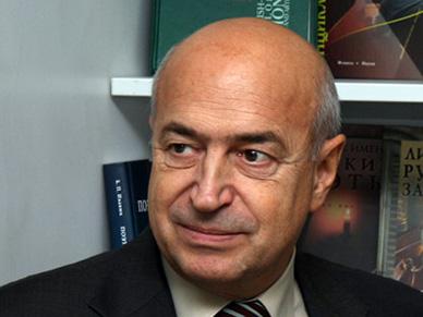 Вячеслав Петряков: «Отдаленные перспективы учебной книги видятся оптимистичными»