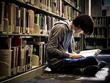 Подростки по-прежнему любят читать